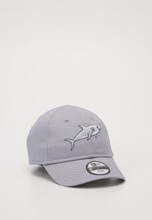 Cap - silver