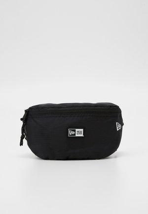 MINI WAIST BAG - Bum bag - black