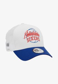 New Era - NBA TRUCKER - Cap - blue/white - 5