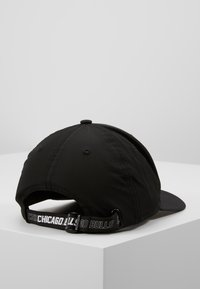 New Era - NBA MONOTAPE 9FIFTY - Czapka z daszkiem - black - 2