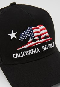 New Era - CALI TRUCKER - Cap - black