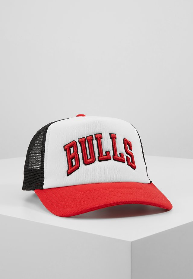NBA TEAM TRUCKER COLOUR BLOCK - Lippalakki - white/red