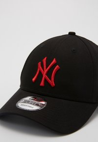New Era - LEAGUE ESSENTIAL 9FORTY - Cap - black - 3
