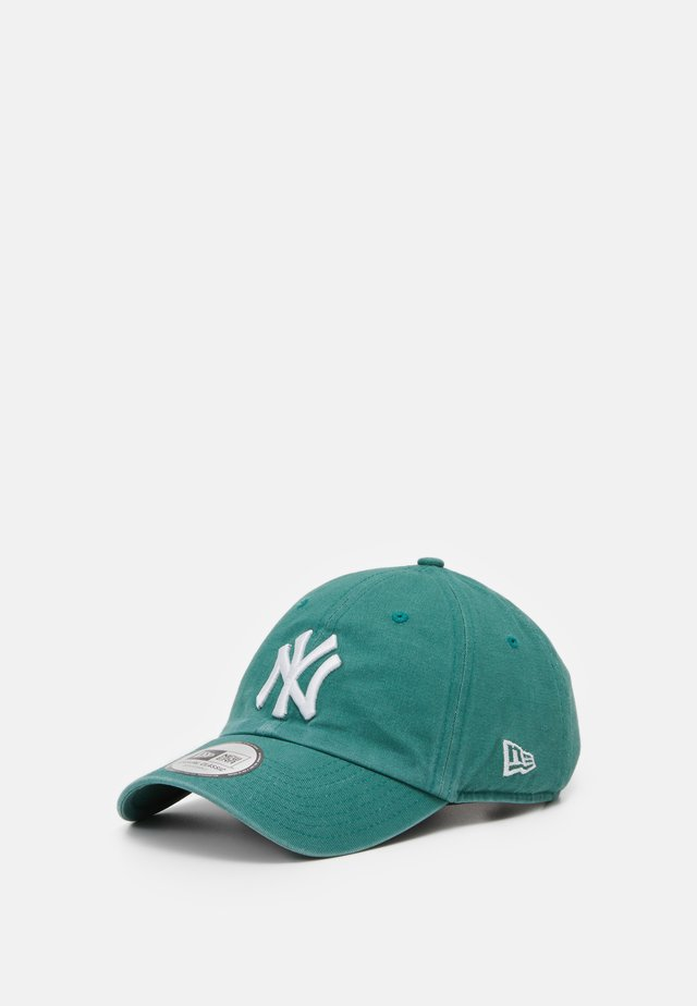 LEAGUE ESSENTIAL CASUAL CLASSIC - Keps - green