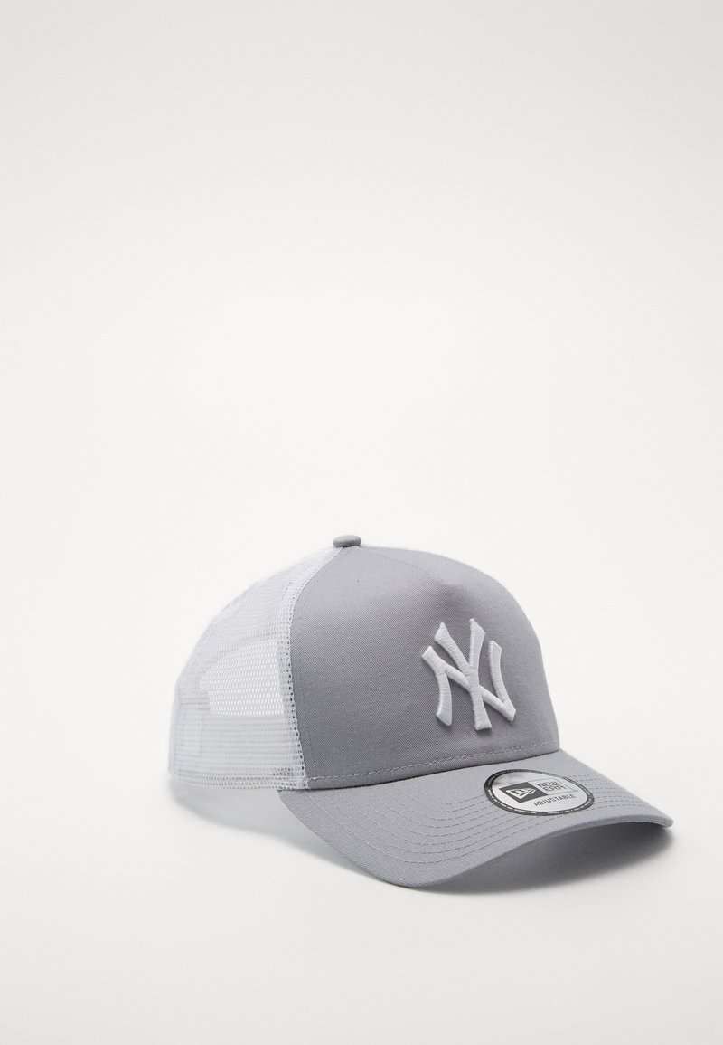 New Era - CLEAN TRUCKER NEYYAN - Caps - gray/white