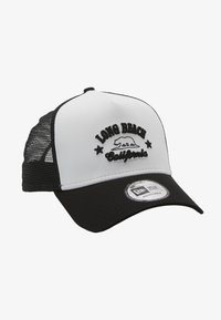 New Era - DESTINATION TRUCKER - Caps - white/black - 1