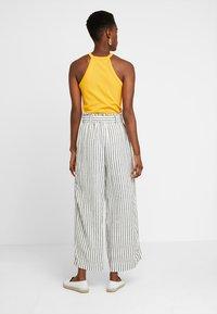 New Look Tall - MARK STRIPE CROP TROUSER  - Kalhoty - cream - 2