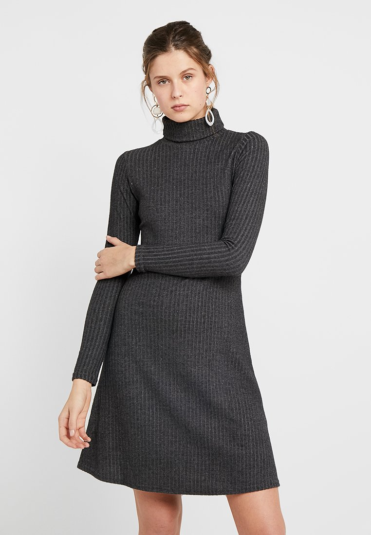 New Look Tall - BRUSHED ROLL NECK DRESS - Strikkjoler - dark grey