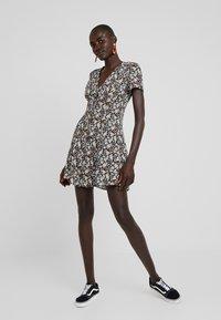 New Look Tall - FRIDAY TEA DRESS - Hverdagskjoler - black - 0