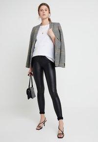 New Look Tall - 2 PACK SLUB POCKET TEE - Basic T-shirt - black/white - 1
