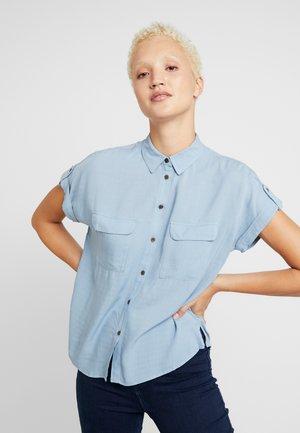 JEFF PATCH SLUB - Skjortebluser - blue