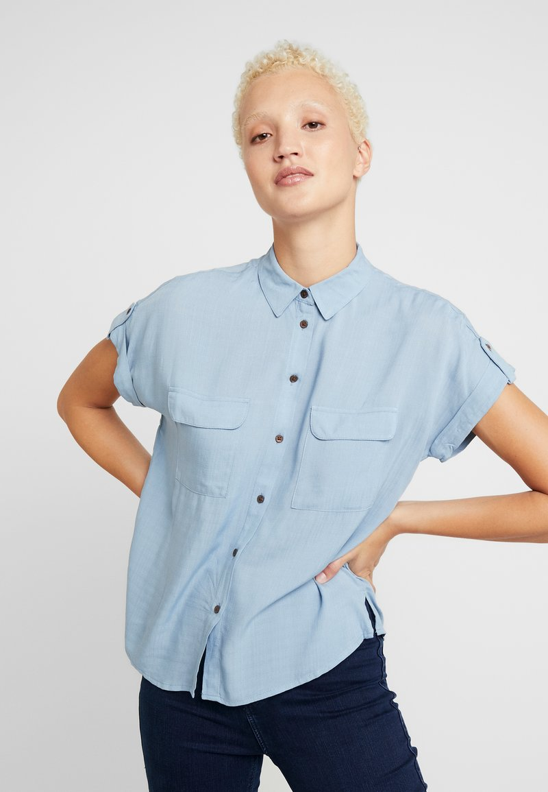 New Look Tall - JEFF PATCH SLUB - Button-down blouse - blue