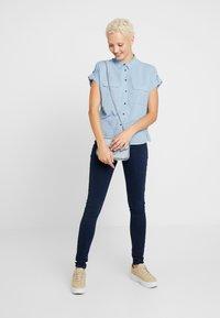 New Look Tall - JEFF PATCH SLUB - Skjortebluser - blue - 1