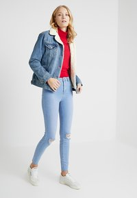 New Look Tall - BRIGHT RIP DISCO - Jeans Skinny Fit - blue - 1