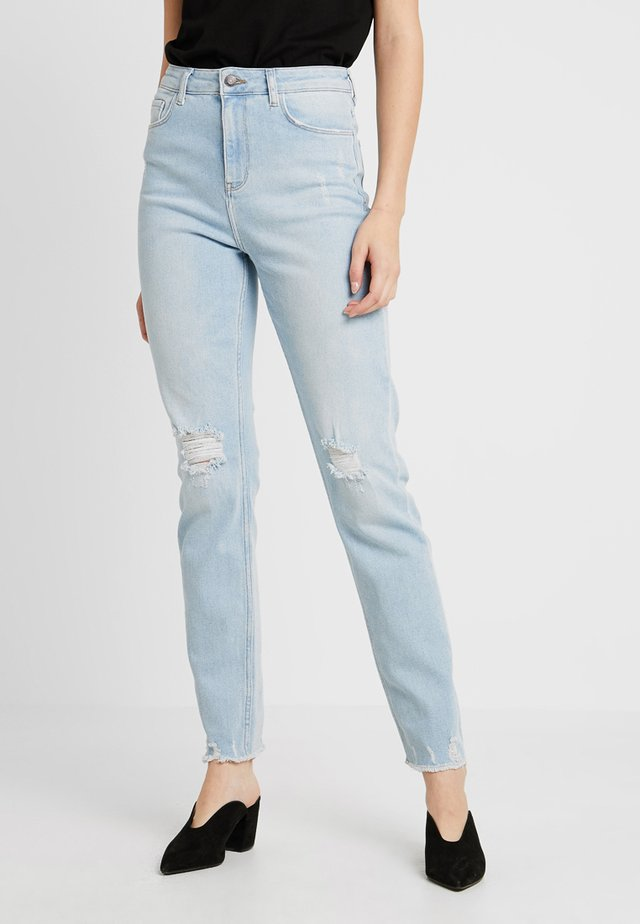 BLEACH MOM - Jeans slim fit - light blue