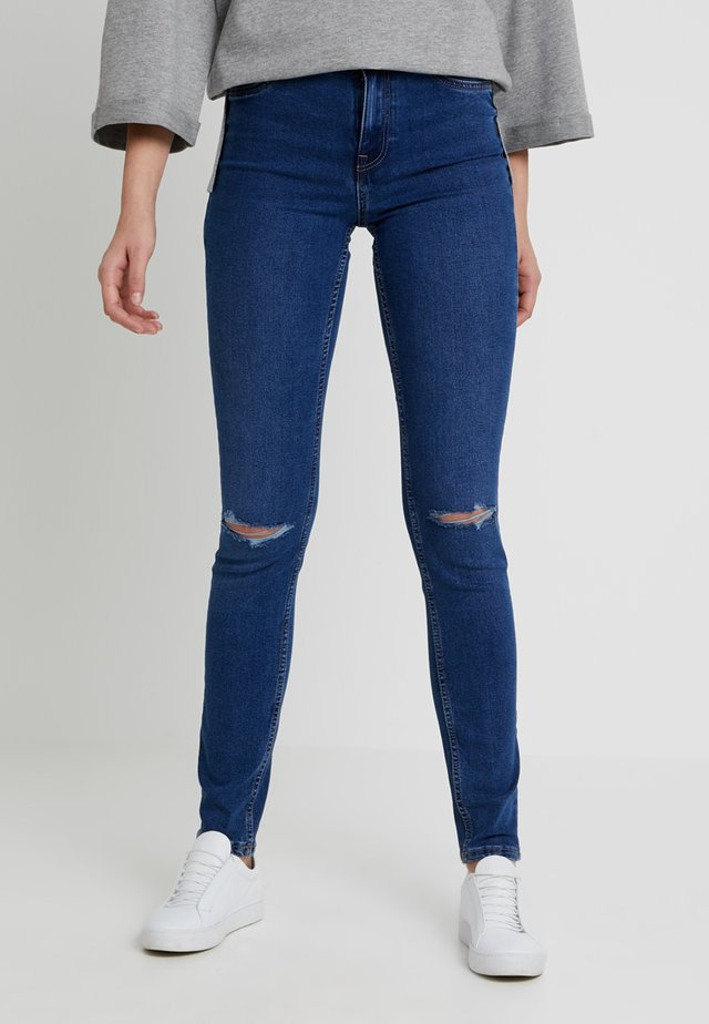 WOW CLAIRE - Jeans Skinny Fit - blue denim