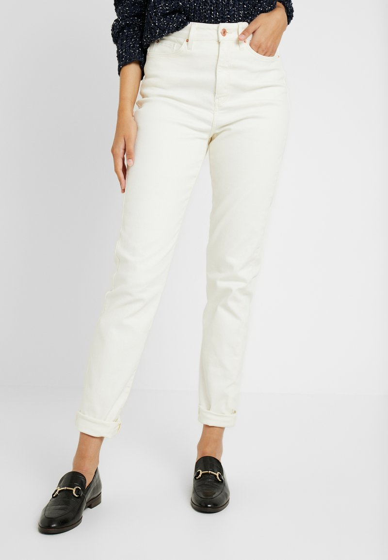 New Look Tall - WAIST ENHANCE MOM - Vaqueros pitillo - white