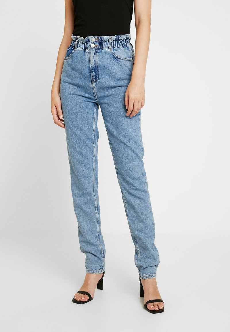 New Look Tall - PAPERBAG MOM FLUX - Relaxed fit jeans - mid blue
