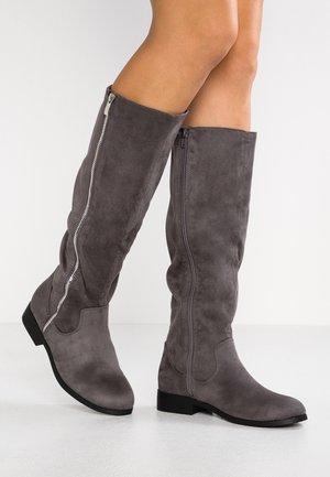 WIDE FIT BRUM - Vysoká obuv - mid grey