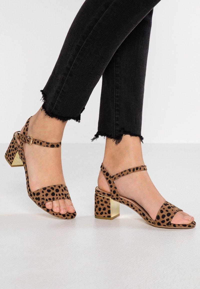 New Look Wide Fit - WIDE FIT STEEL - Sandaler - brown
