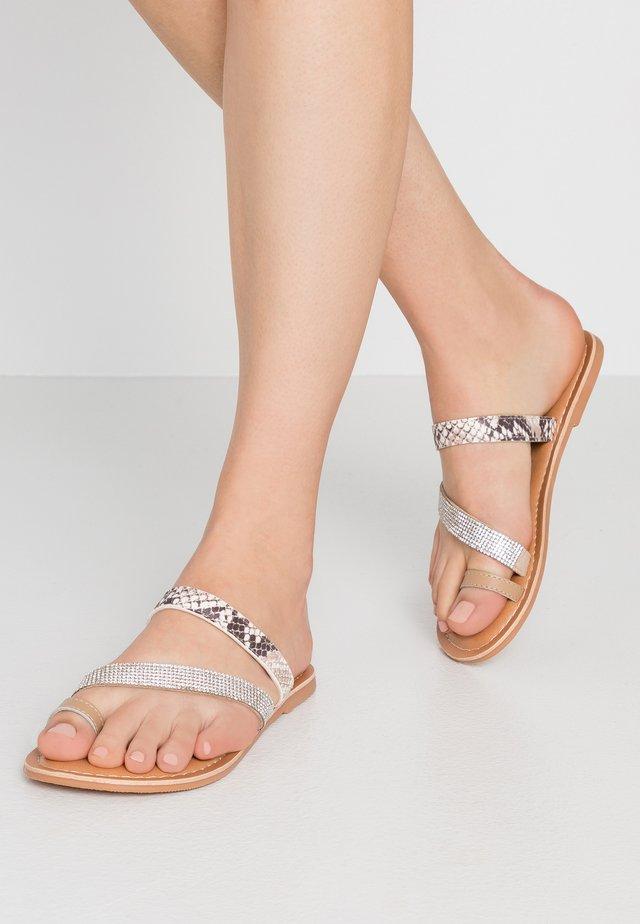 WIDE FIT FLIRTY - T-bar sandals - stone