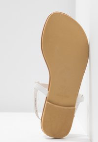 New Look Wide Fit - WIDE FIT HETALLIC - Varvassandaalit - white - 6