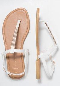 New Look Wide Fit - WIDE FIT HETALLIC - Varvassandaalit - white - 3