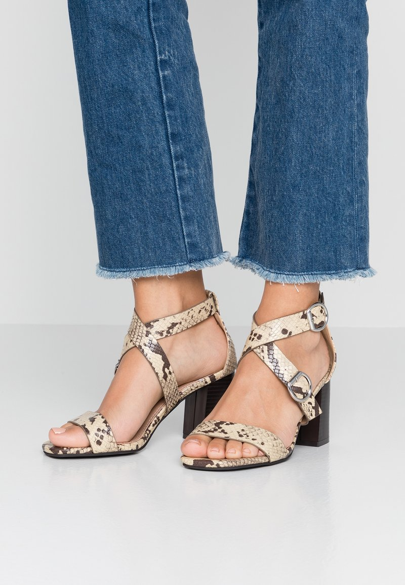 New Look Wide Fit - WIDE FIT POWER - Sandalias - stone