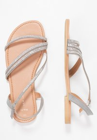 New Look Wide Fit - WIDE FIT FIAMOND - Sandály - mid grey - 3