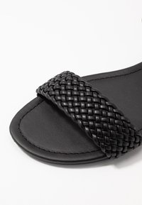 New Look Wide Fit - WIDE FIT FAVE - Sandals - black - 2