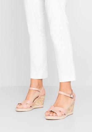 WIDE FIT POTTER - Sandály na vysokém podpatku - oatmeal