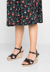 New Look Wide Fit - WIDE FIT POTTER - Korolliset sandaalit - black - 0