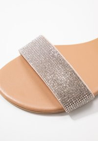 New Look Wide Fit - WIDE FIT HARKLE - Sandals - oatmeal - 2