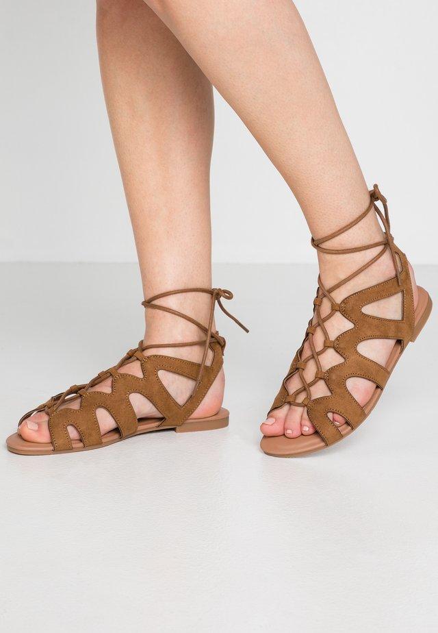 WIDE FIT JILLIE - Sandals - tan