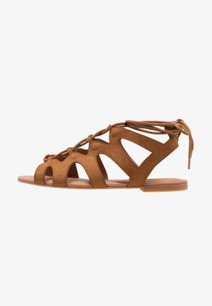 WIDE FIT JILLIE - Sandals - tan