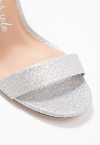 New Look Wide Fit - WIDE FIT TARONA  - Sandalias de tacón - silver - 2