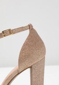 New Look Wide Fit - WIDE FIT TARONA  - Sandály na vysokém podpatku - rose gold - 2