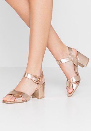 WIDE FIT TUCKER - Riemensandalette - rose gold