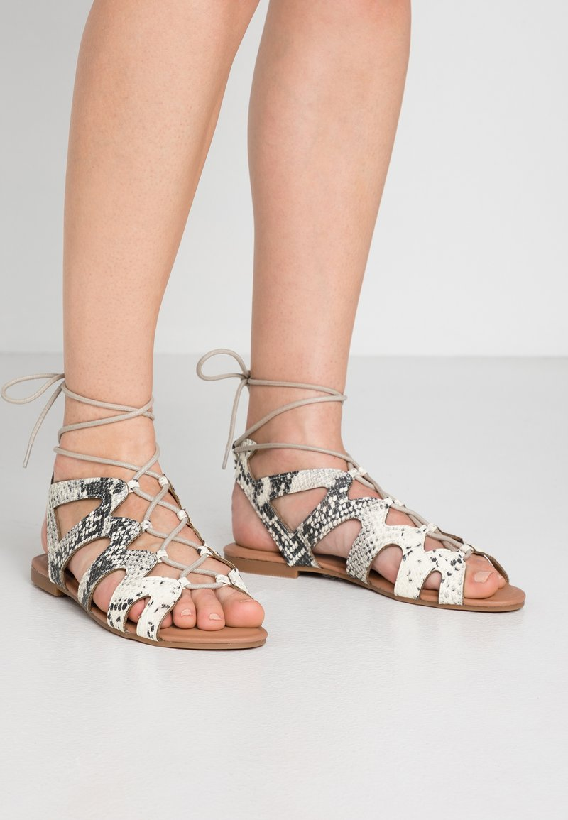 New Look Wide Fit - WIDE FIT JILLIE - Sandals - stone
