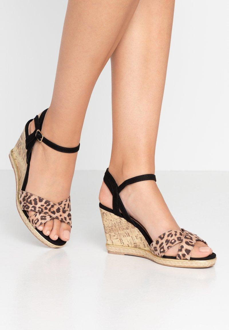 New Look Wide Fit - WIDE FIT PLOWER  - Sandály na vysokém podpatku - stone