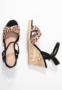 New Look Wide Fit - WIDE FIT PLOWER  - Sandály na vysokém podpatku - stone - 3