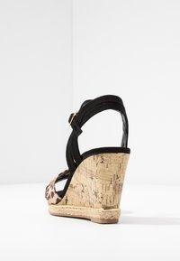 New Look Wide Fit - WIDE FIT PLOWER  - Sandály na vysokém podpatku - stone - 5