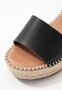 New Look Wide Fit - WIDE FIT POPPINS - Sandales à plateforme - black - 2