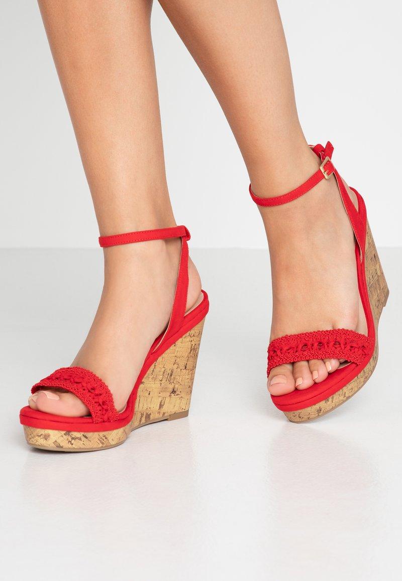 New Look Wide Fit - WIDE FIT PILAR - Højhælede sandaletter / Højhælede sandaler - bright red
