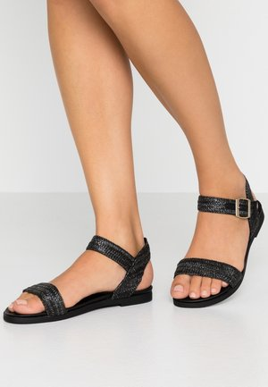 WIDE FIT FIZZY - Sandales - black