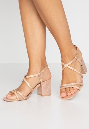 WIDE FIT TACHING - Sandals - rose gold