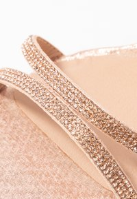 New Look Wide Fit - WIDE FIT TACHING - Sandalias - rose gold - 6