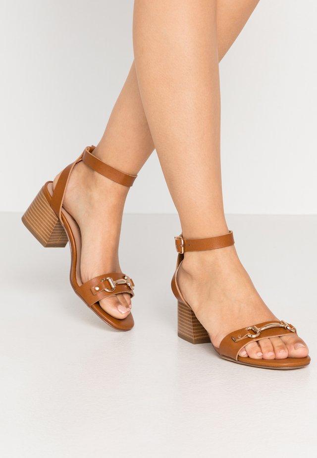 WIDE FIT POGAN - Sandals - tan