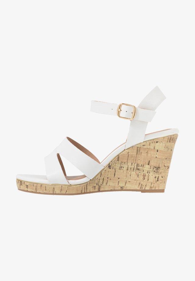 WIDE FIT POSSUM - High Heel Sandalette - white