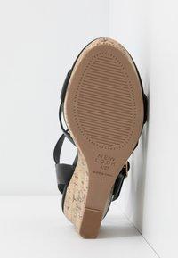 New Look Wide Fit - WIDE FIT POSSUM WEDGE - Korolliset sandaalit - black - 6